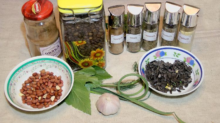 Natural attractants for carp fishing